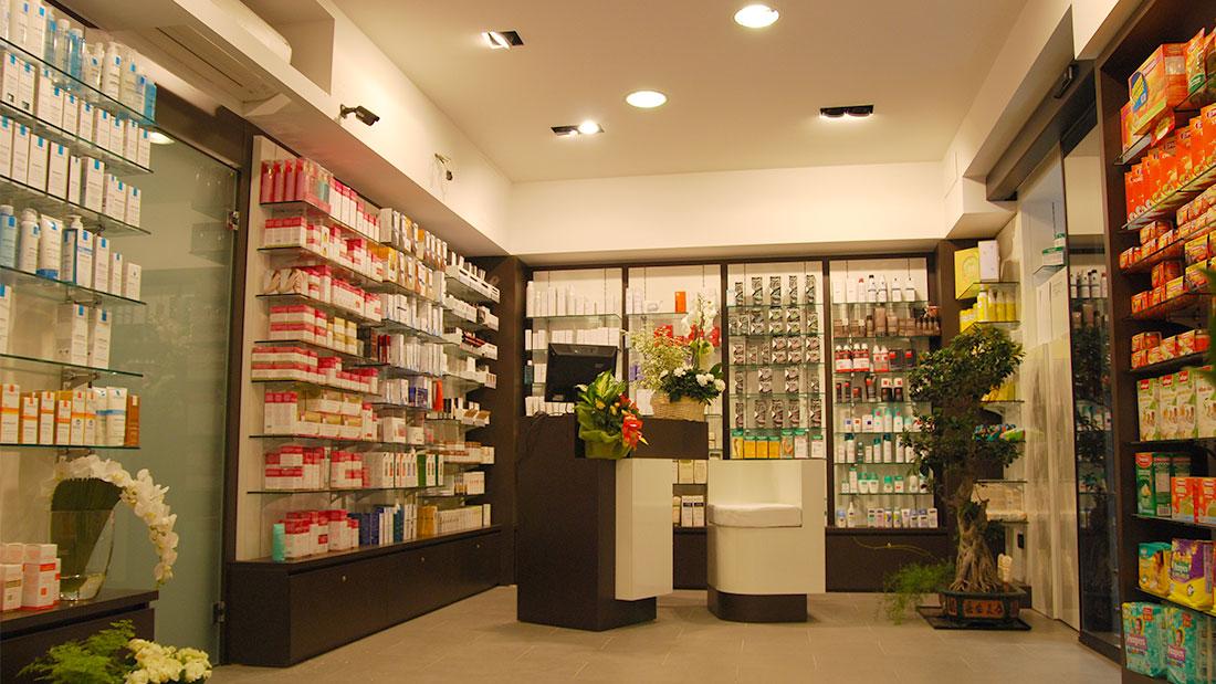 FARMACIA BRIATA Interior design, Studio Architetti Bigi Carità Genova